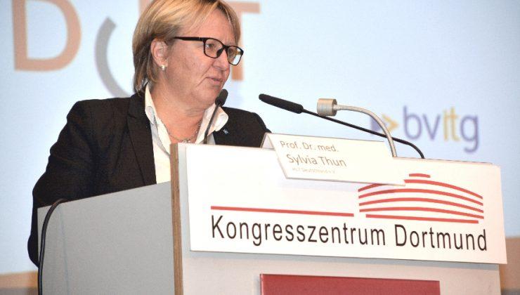 Prof. Dr. Sylvia Thun, Vorsitzende von HL7 Deutschland e.V., sieht den erkrankten Menschen im Vordergrund ihres Engagements für Interoperabilität.